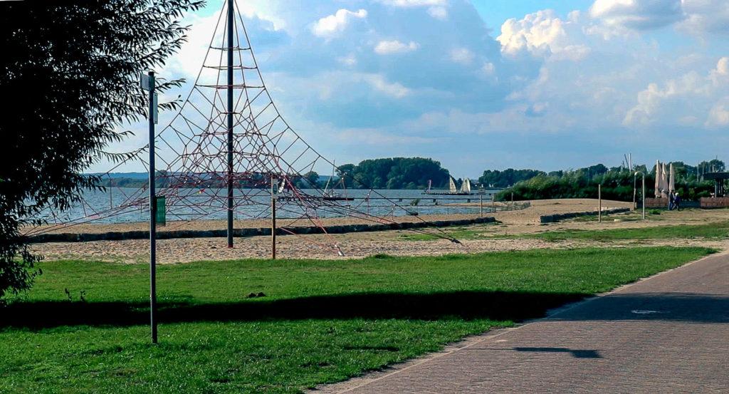 Strand am Dümmer See
