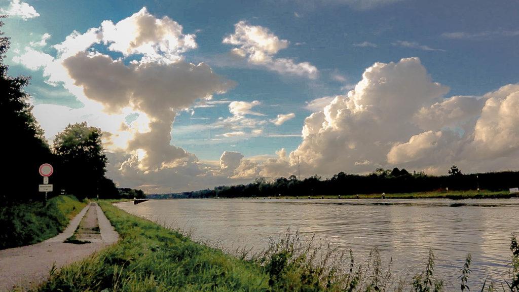NOK mit Wolken