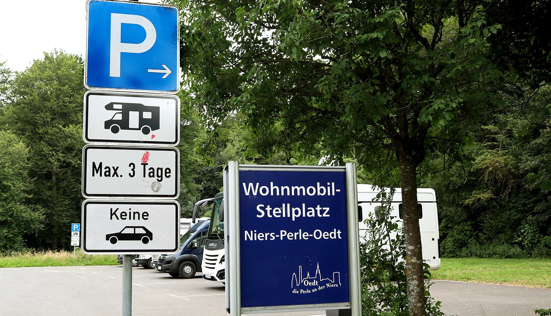 Stellplatz Oedt Schilder